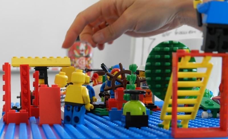 Ernsthaftes Arbeiten mit Lego